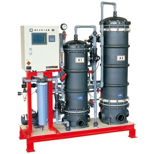 『イーグルピュア』<p> 複床式純水装置</p>